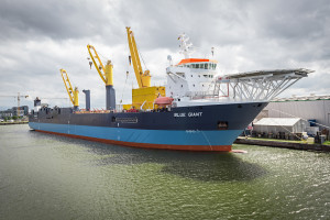 180711 MV Blue Giant in Bremerhaven, Germany © Jan Meier - Harren & Partner